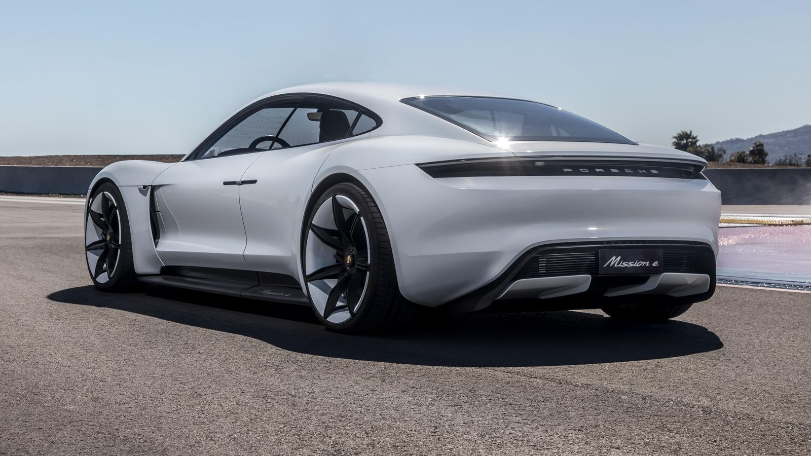 Porsche collects loads of four figure deposits for Taycan EV 1600x900