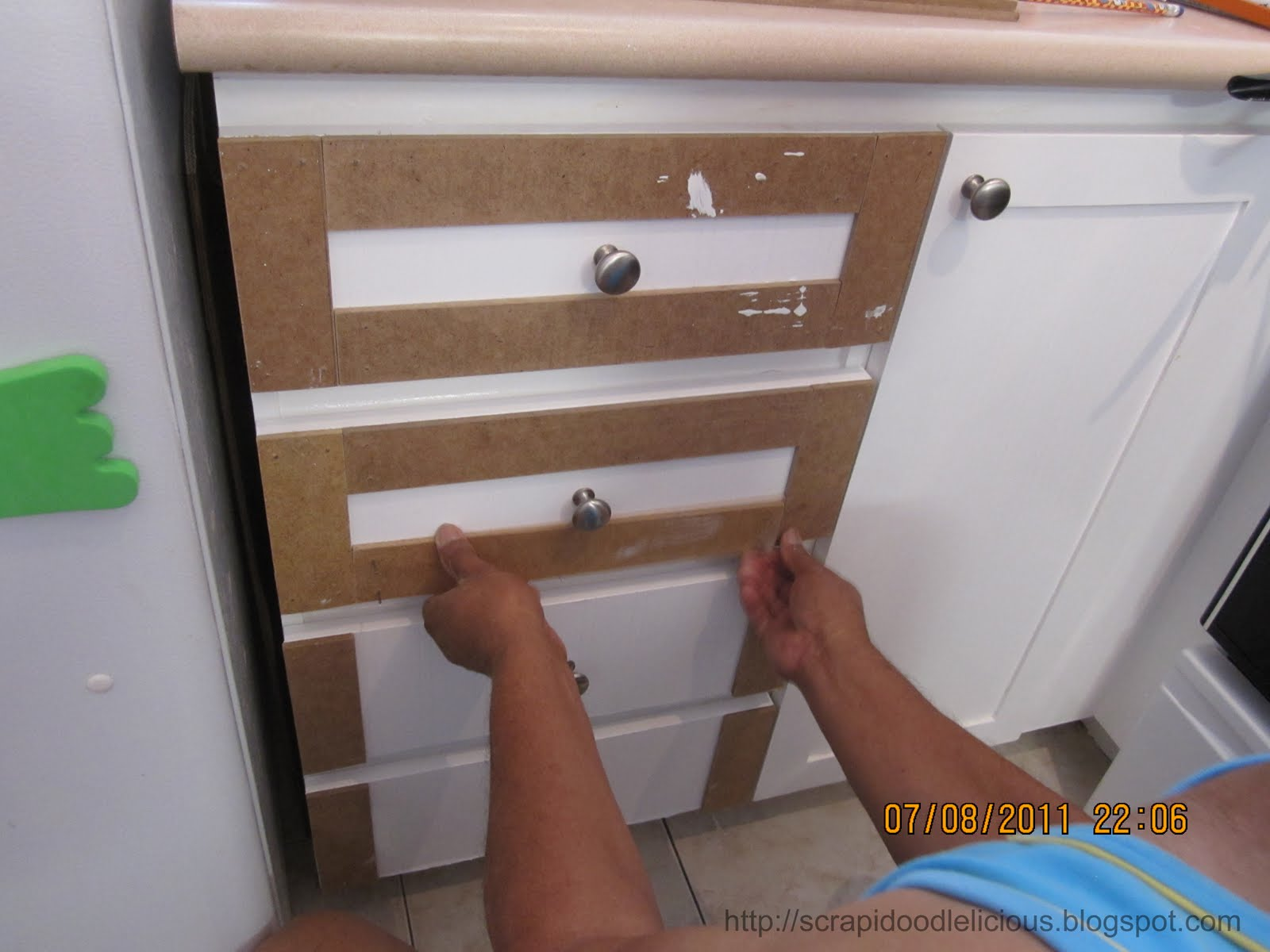 cabinet doors will open widely Apply a Dry Dex Spackling by DAP then 1600x1200