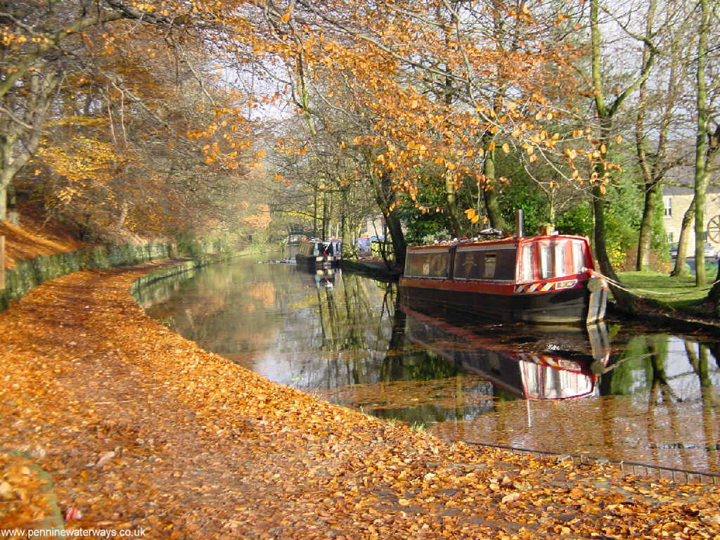 Wallpaper for your Computer Desktop from Pennine Waterways   canal and 1024x768