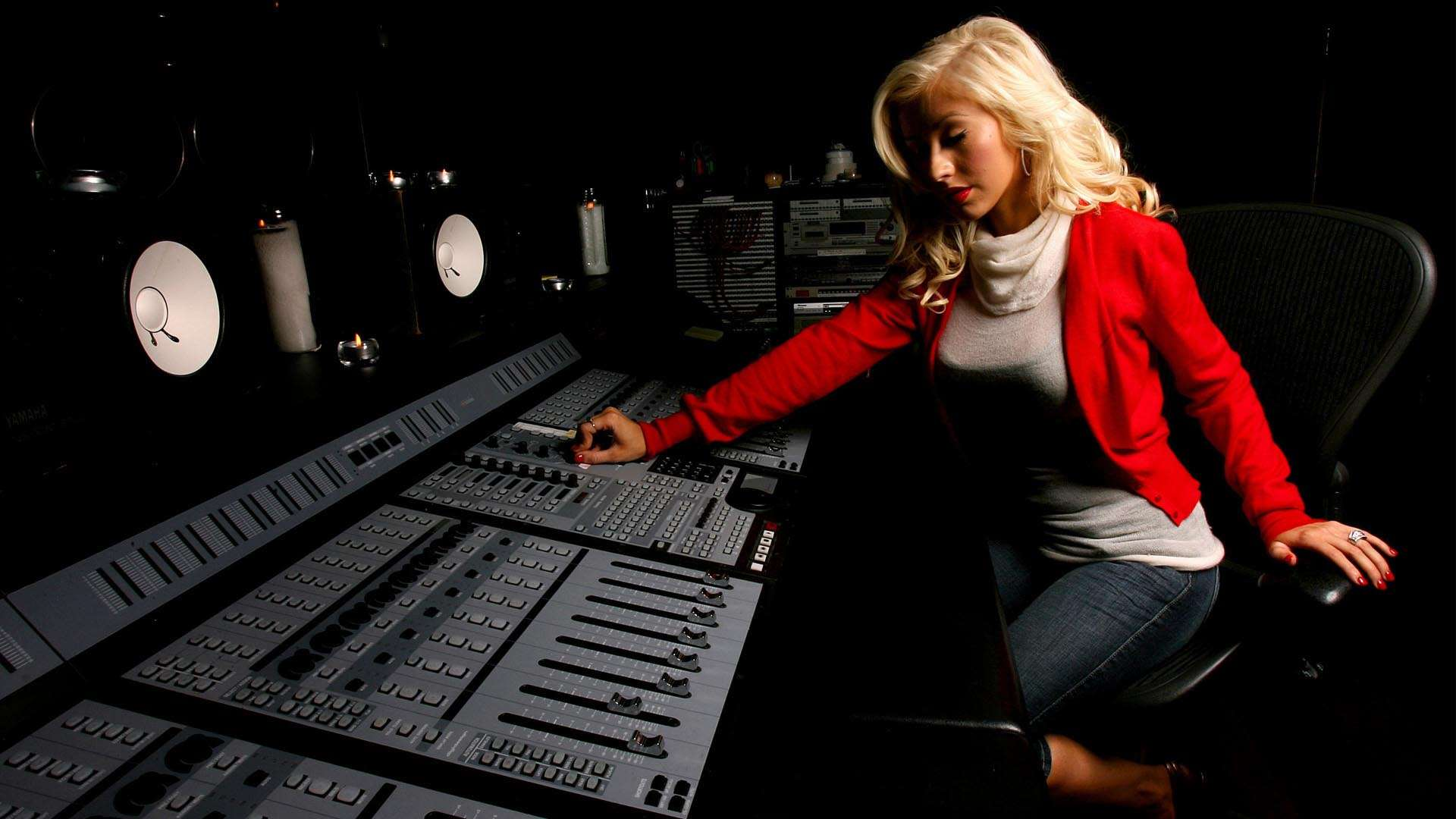 Christina Aguilera Mixing HD Wallpaper FullHDWpp   Full HD 1920x1080
