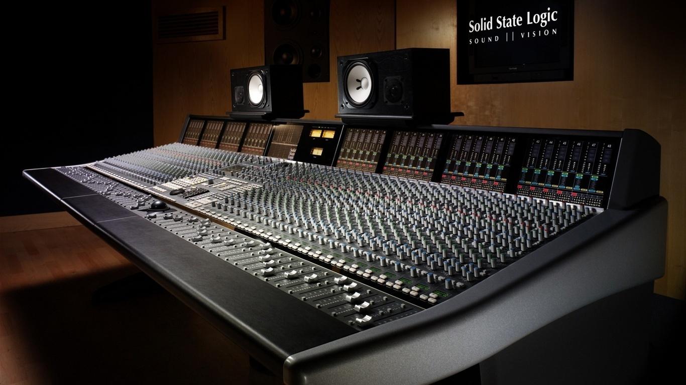 wallpapers recording studio musical equipment professionals Hi tech 1366x768
