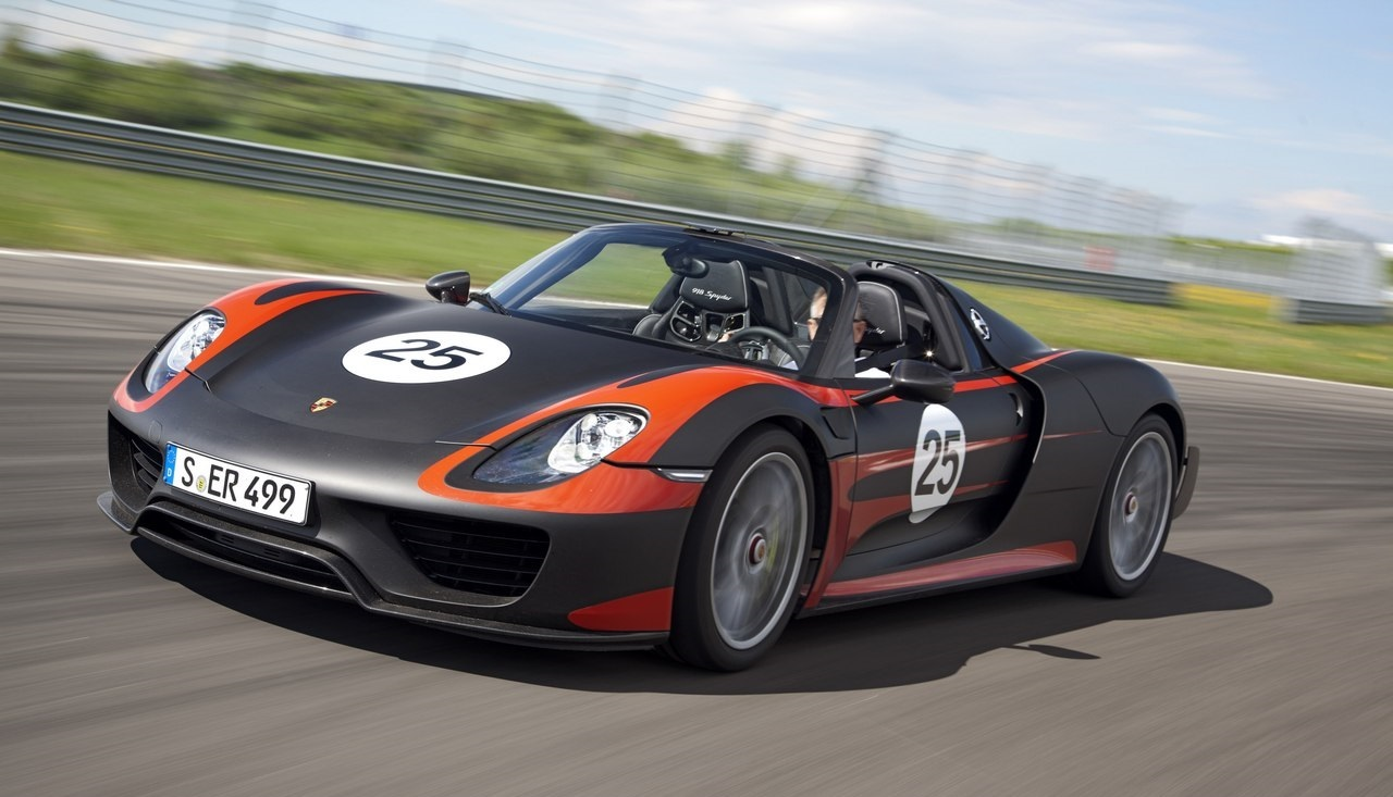 porsche 918 wallpaper wallpapersafari. Black Bedroom Furniture Sets. Home Design Ideas