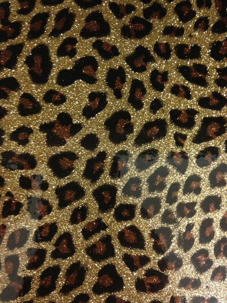 Animal Print Manicure: Sparkly Cheetah Print Wallpaper
