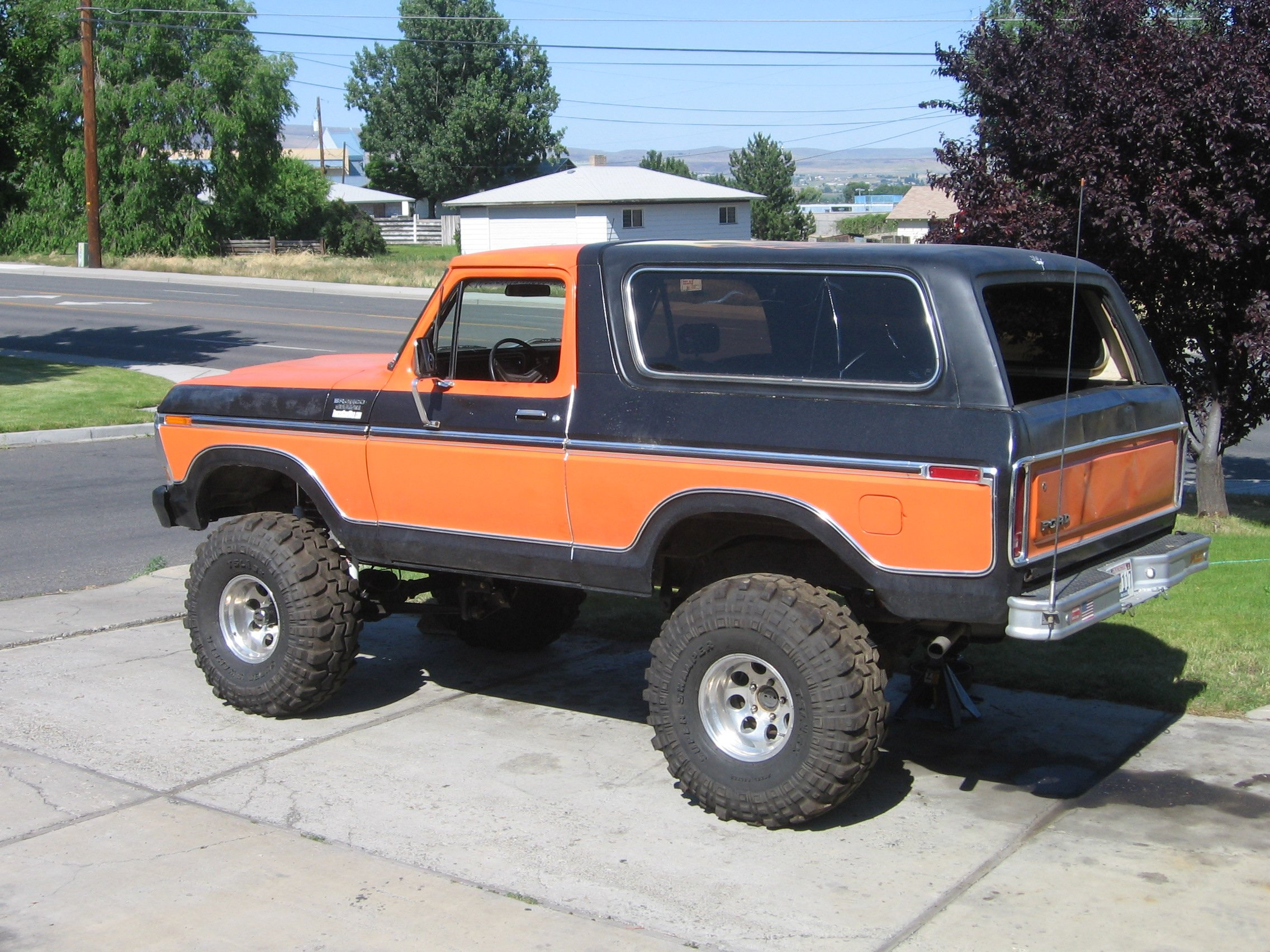 FORD BRONCO suv 4x4 truck wallpaper background 2272x1704