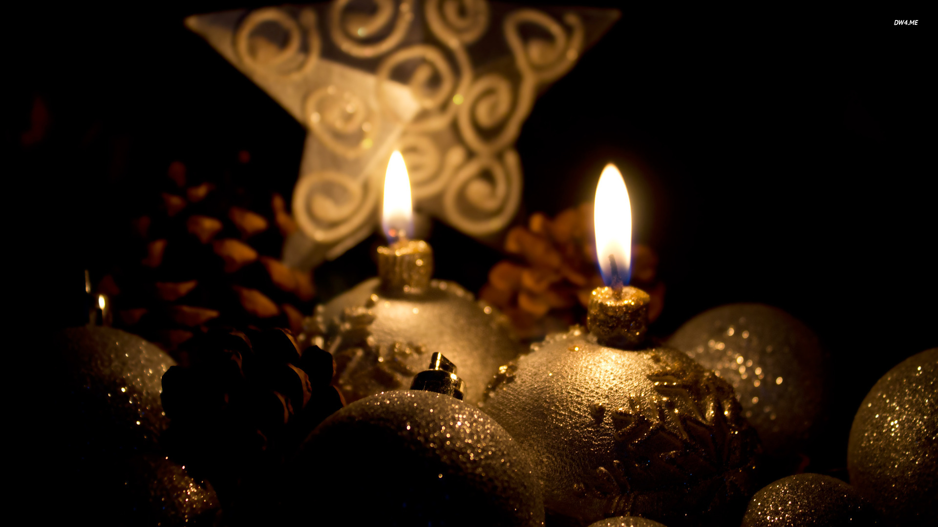 Free Download Golden Christmas Candles Wallpaper Photography