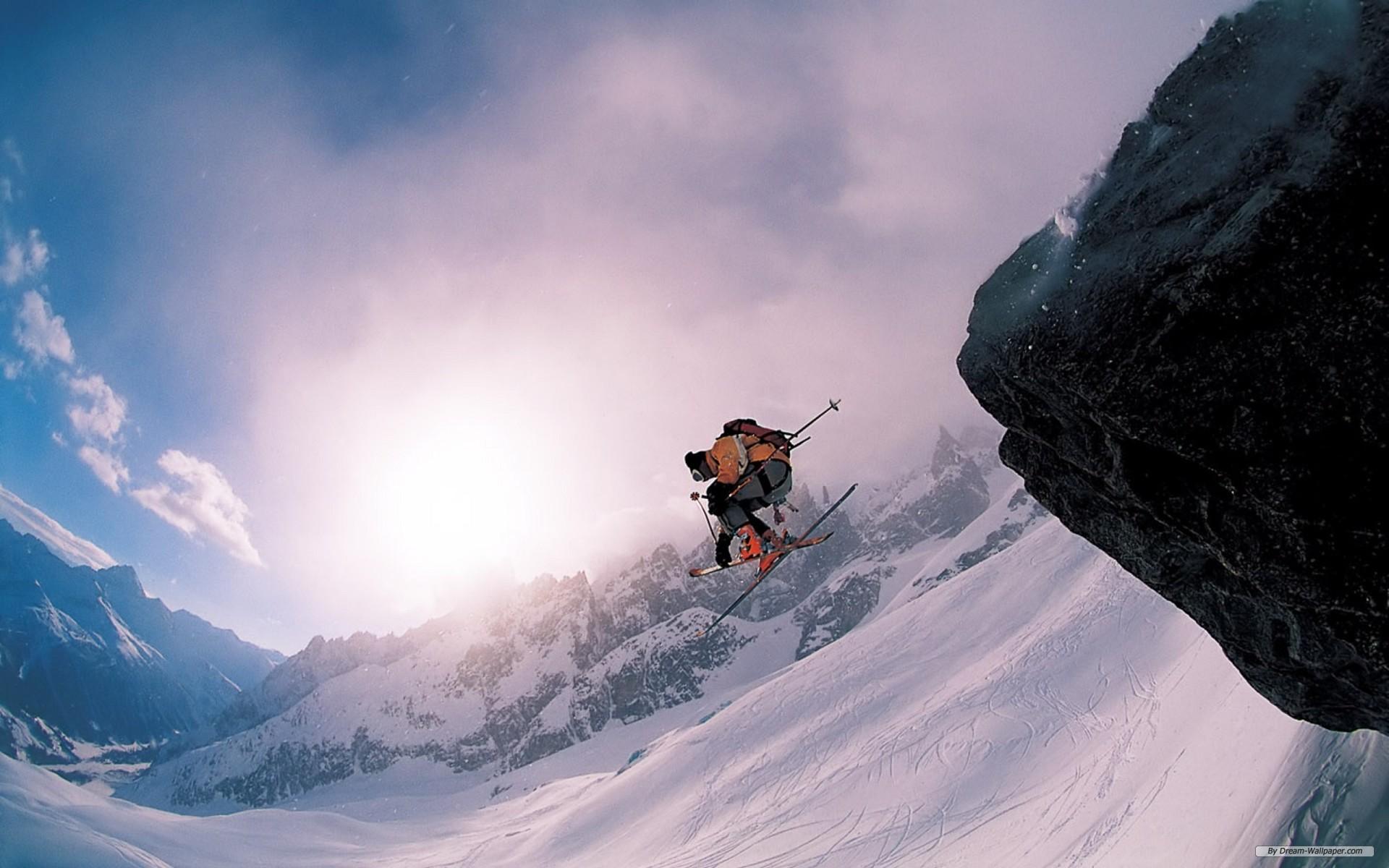 сноубордист прыжок горы  № 3300619  скачать