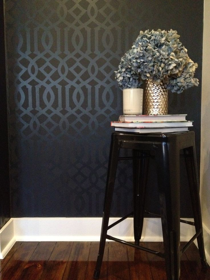 Schumacher Imperial Trellis Wallpaper in Onyx complimented with blue 736x981