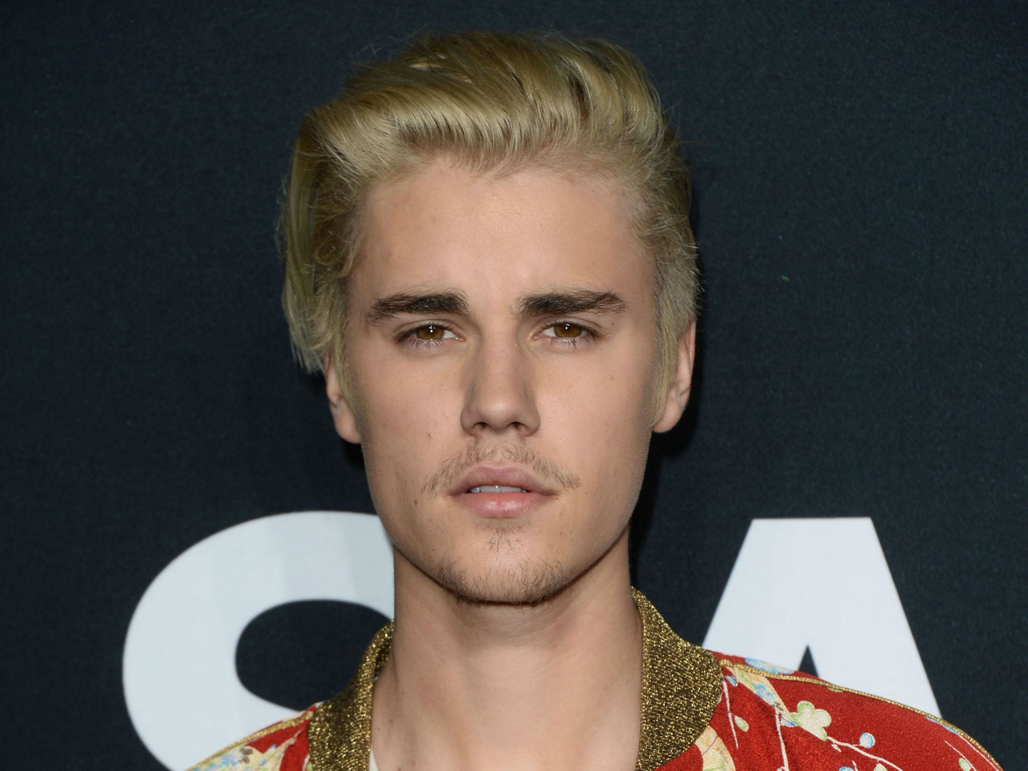 Justin Bieber apologises for mooning on ancient Mayan ruins in 2048x1536