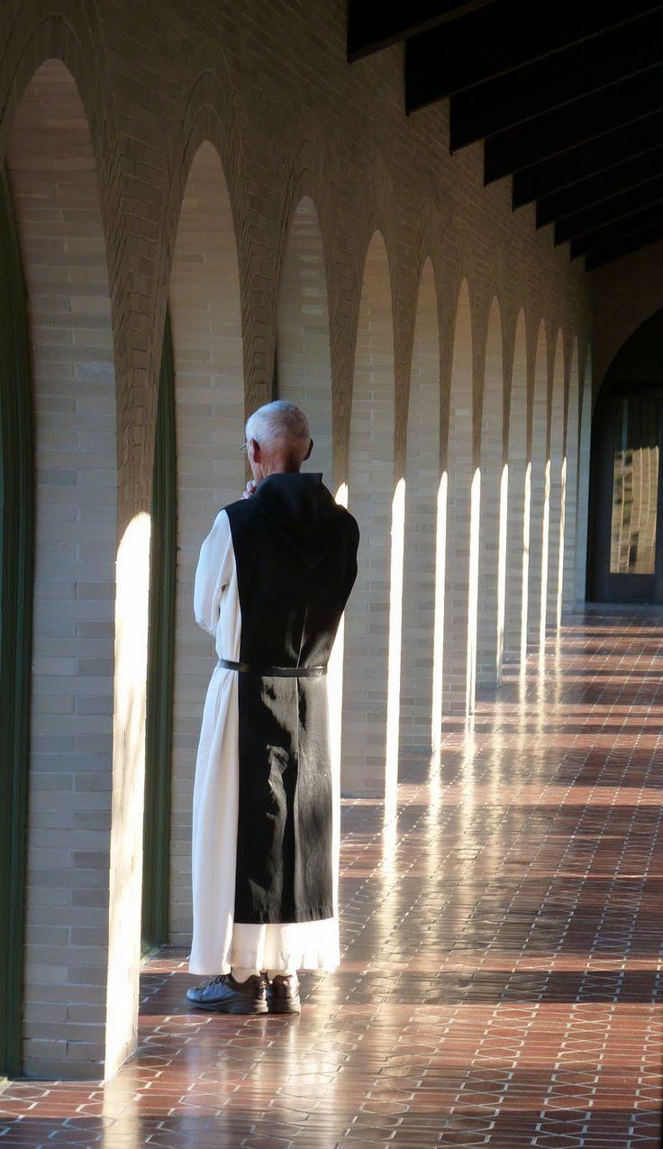 Cistercian monk Monastic garb Mnch Katholisch Kloster 736x1275