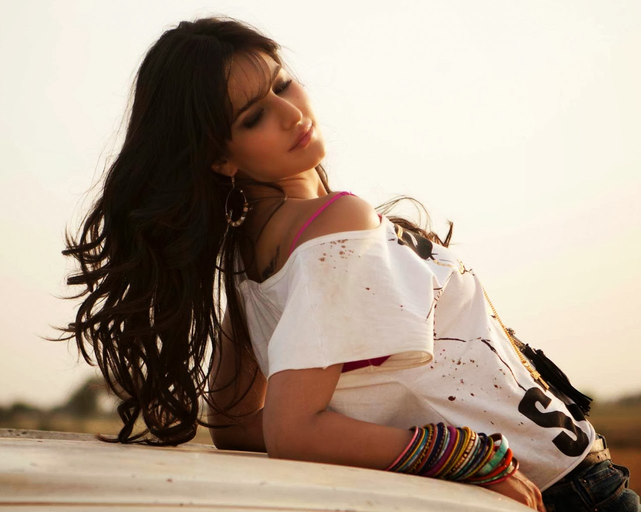 Katrina Kaif Cute HD Wallpaper   ActressHot Pics 1280x1024