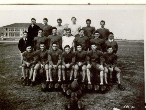 File1933 East Carolina football teamjpg   Wikipedia the 500x376