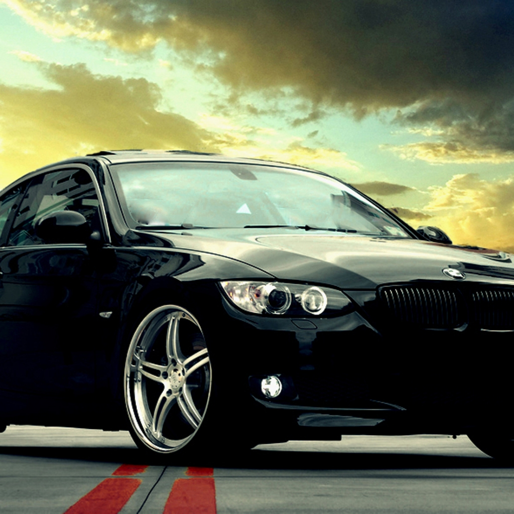 Bmw Wallpapers And Backgrounds: Free BMW Wallpaper And Background