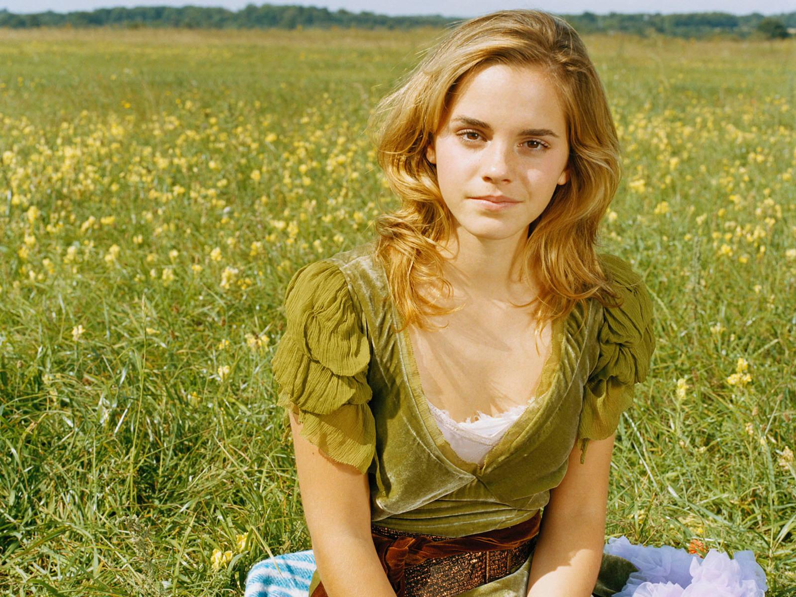 Samsung Mobile Wallpapers Emma Watson Hot Wallpapers 1600x1200