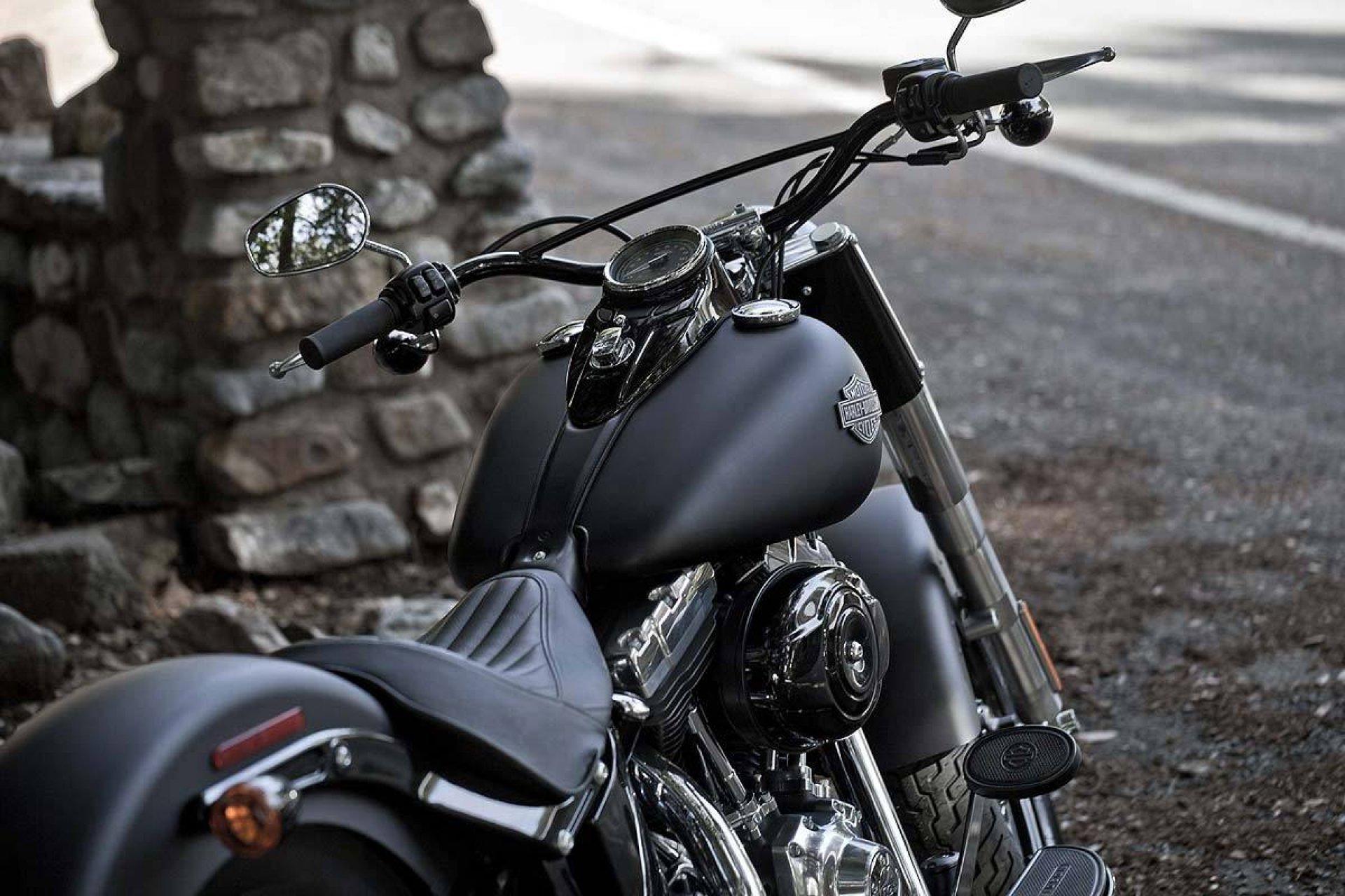 Black Motorcycle Harley Davidson Wallpaper Bes 10709 1920x1280