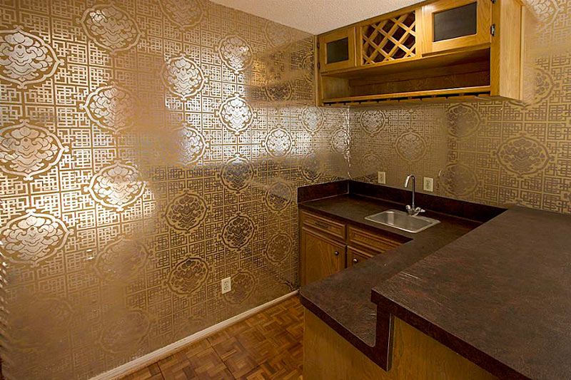 Nassau Bay Home Listing Photo of the Day All That Glitters Swamplot 800x533