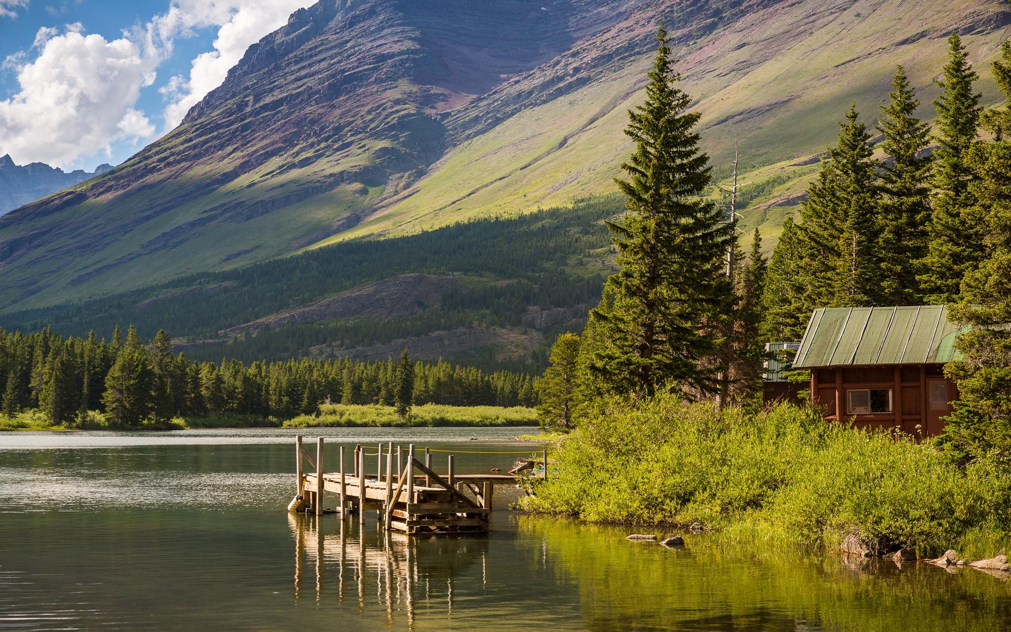 Lake House In Montana   2048x1280   Download HD Wallpaper 2048x1280