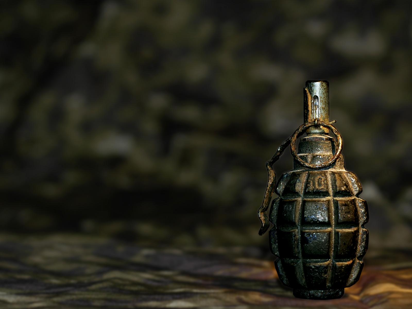 Rusty Hand Grenade Wallpapers Rusty Hand Grenade Myspace Backgrounds 1600x1200