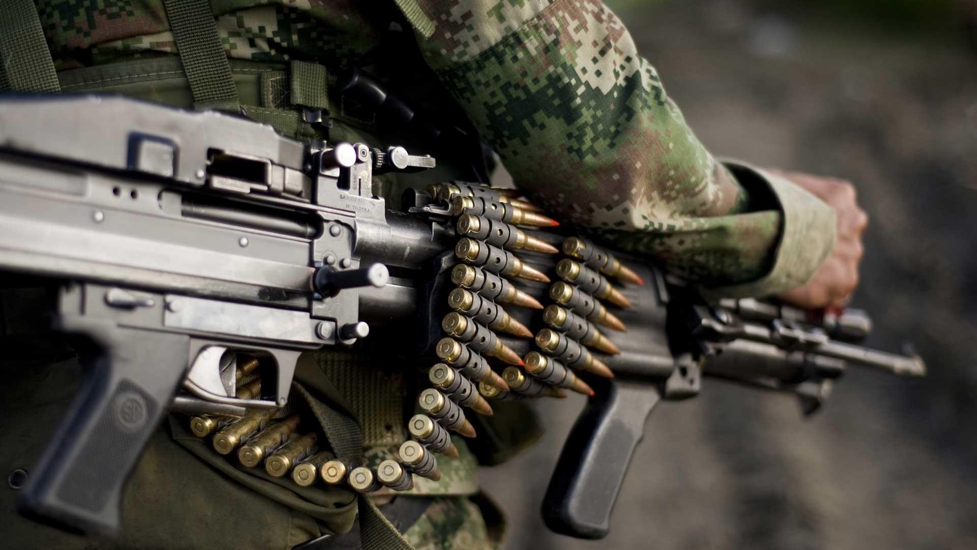 rifles soldiers machine gun guns military soldier Warfare 1920x1080