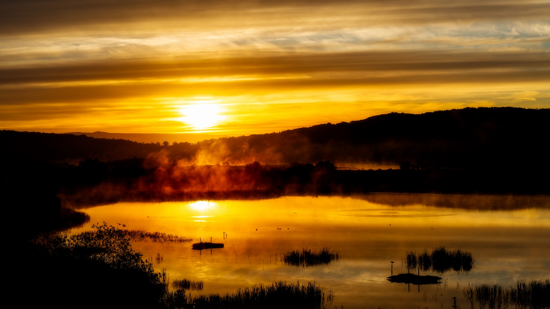 Download wallpaper 1920x1080 lake sunset fog twilight 1920x1080