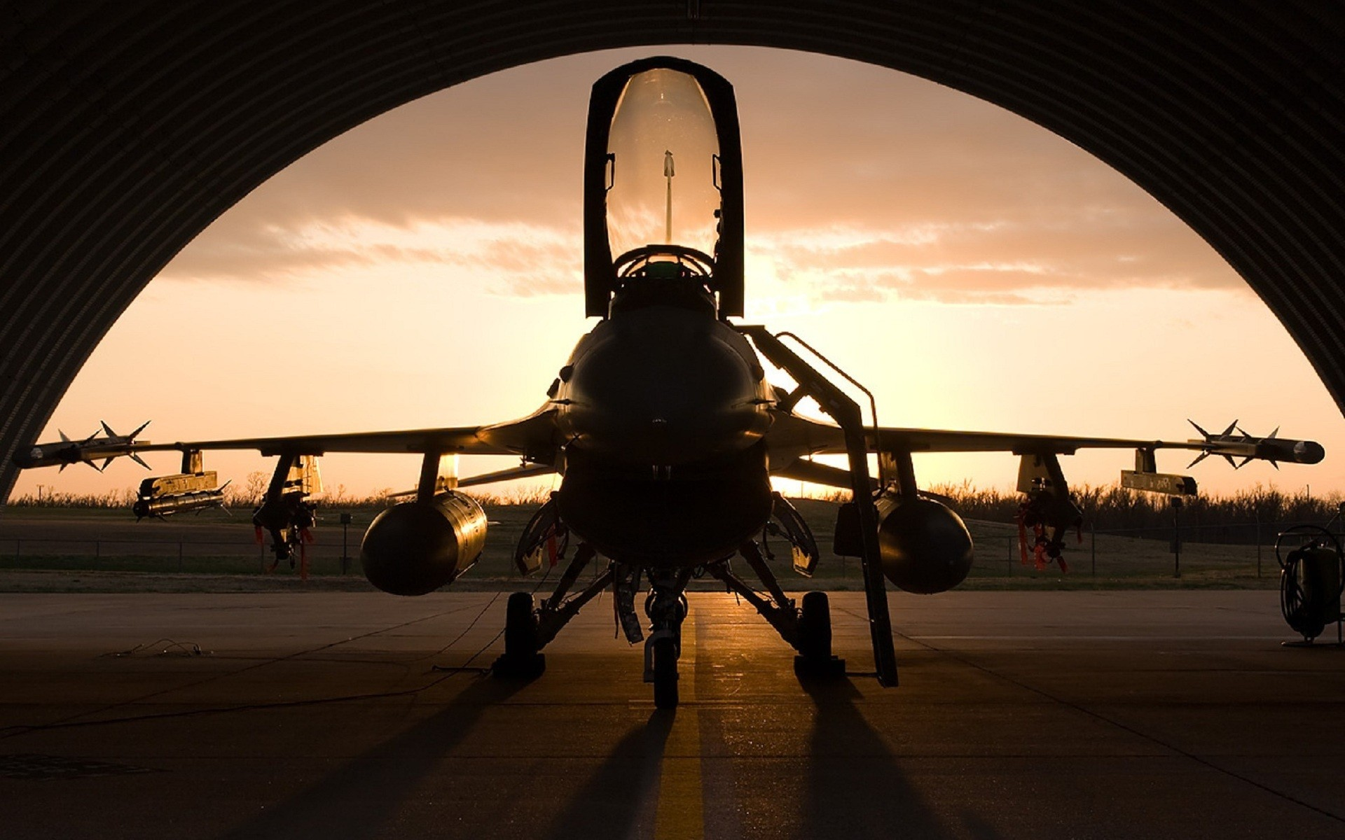 aircraft F 16 Fighting Falcon wallpaper background 1920x1200