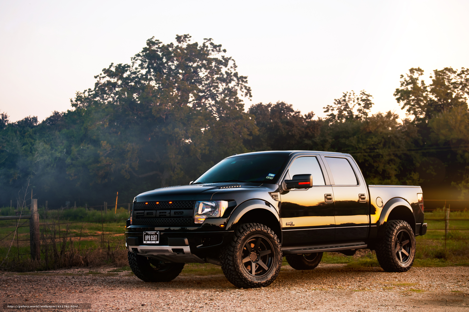 Download wallpaper ford raptor Black pickup desktop wallpaper 1600x1063