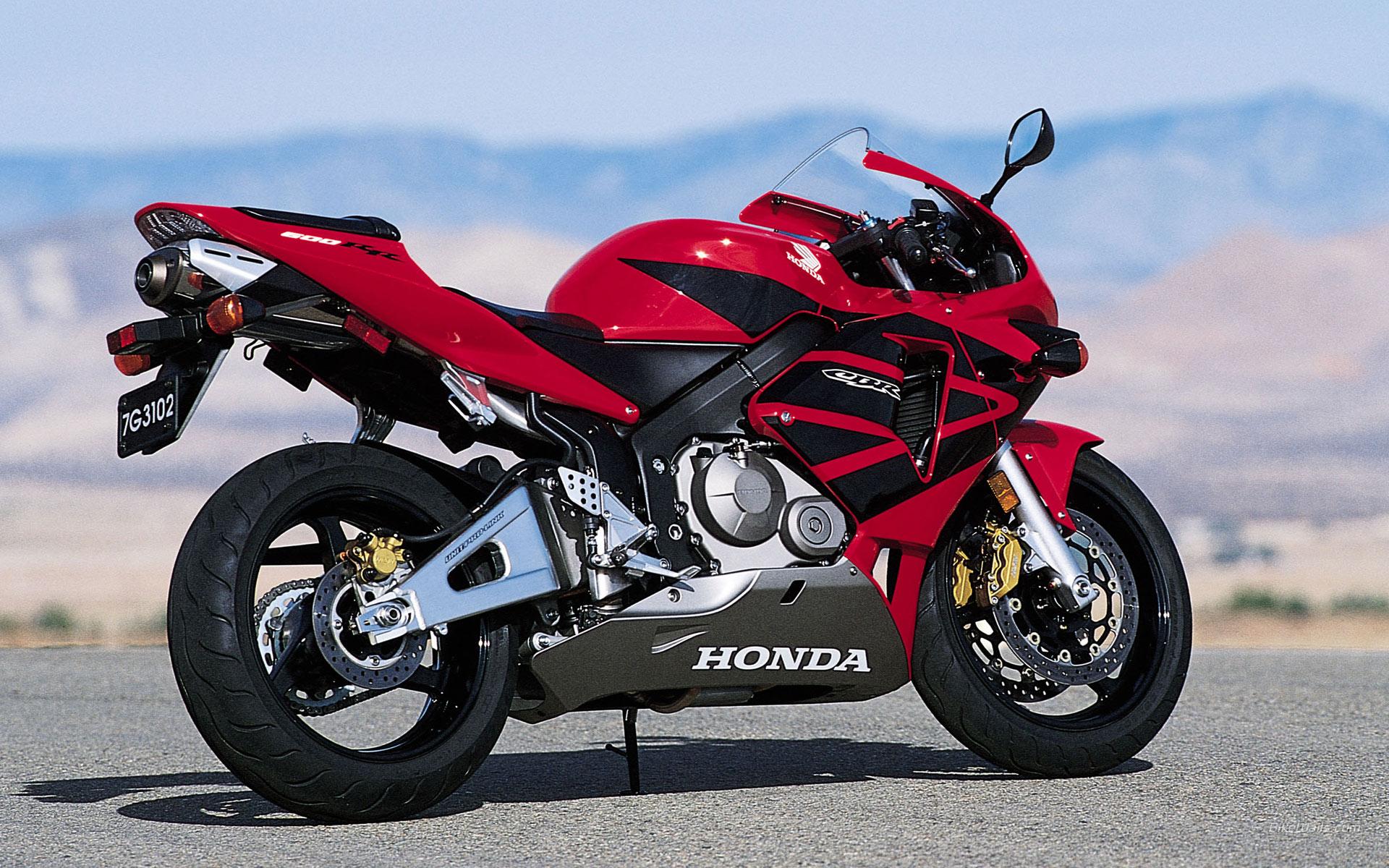 Honda CBR 600RR wallpaper 1920x1200