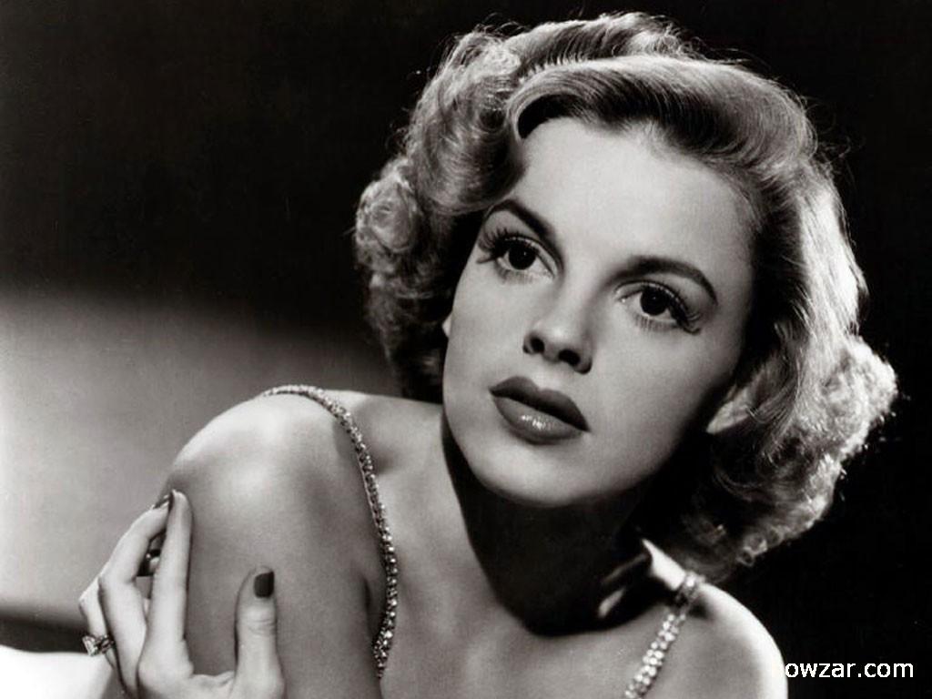 Judy Garland wallpaper 1024x768 63293 1024x768