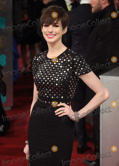 Photos and Pictures   Anne Hathaway arriving for the 2013 400x558