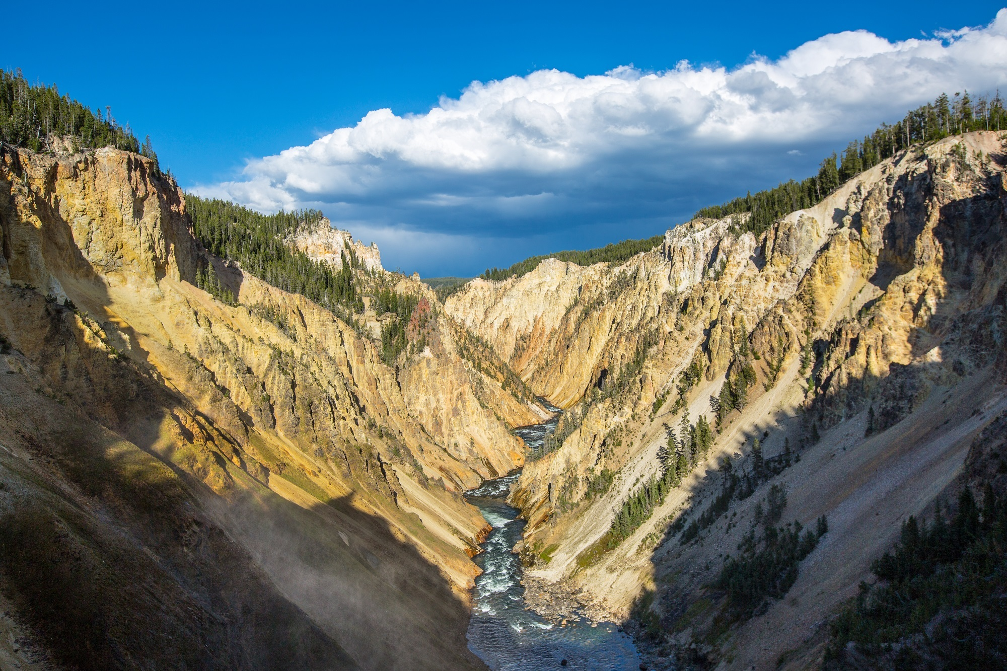 River in yellowstone National Park HD Wallpaper Background Image 2000x1333
