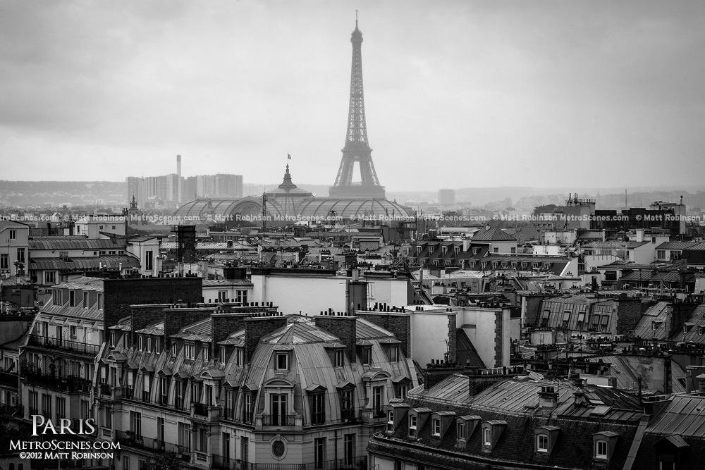 Paris Black And White Wallpaper