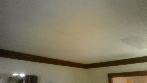 Skim Coating Ceiling In Renovation 600x338