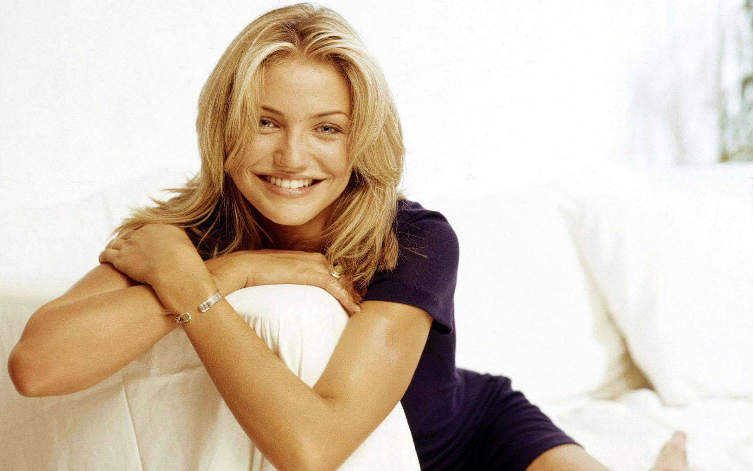 Cameron Diaz 28 Hollywood Actress Wallpapers 2560x1600