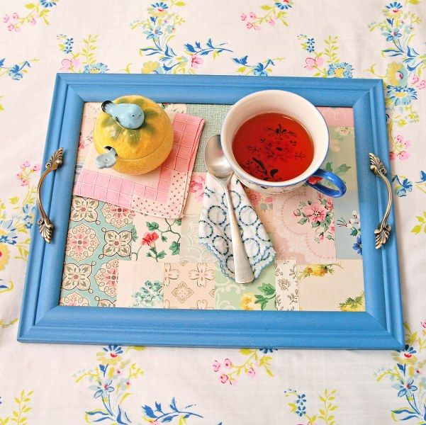 DIY vintage wallpaper tray 601x600