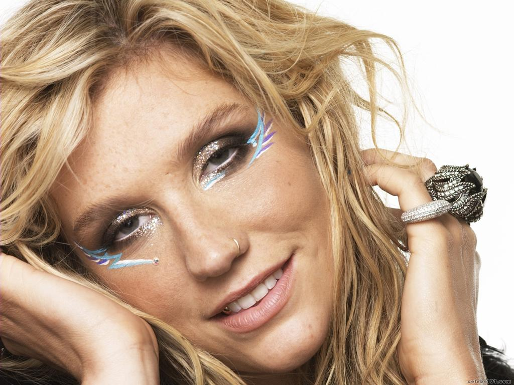 Kesha Wallpaper 1024x768