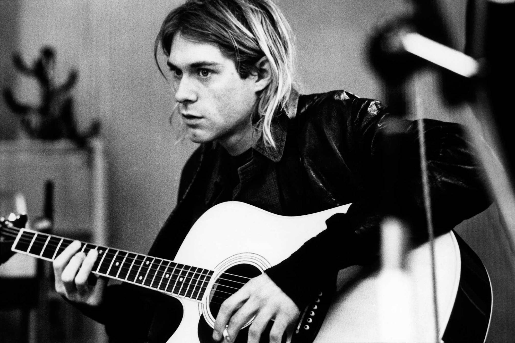 Kurt Cobain 486383   HD Wallpaper Backgrounds Download 2000x1331