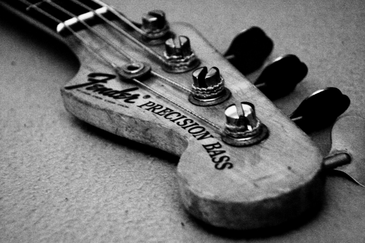 Hd Bass Guitar Wallpaper: Fender Precision Bass Wallpaper