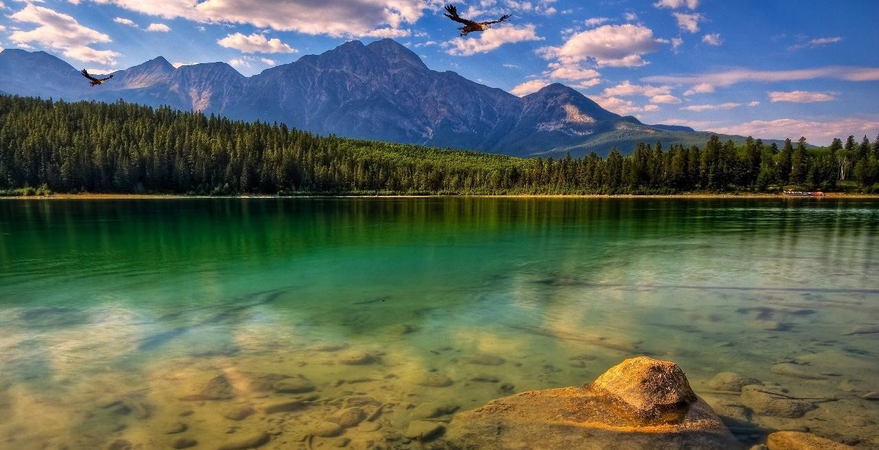Pin Lakes Screensaver Download The 3d Mountain 502x377 39kb on 1279x655