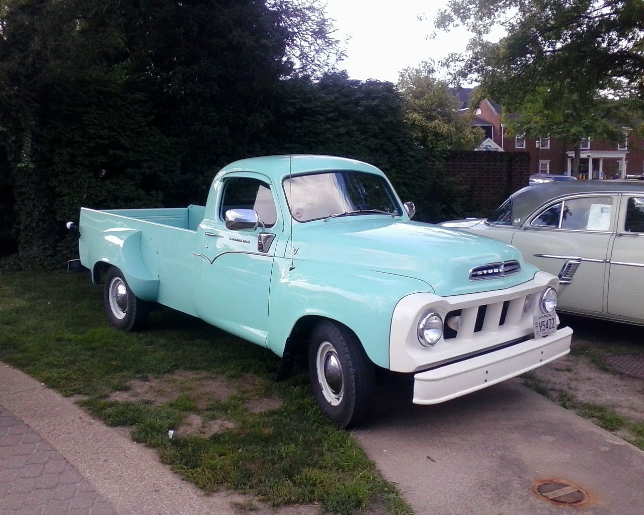 Wallpaper VERY COOL TRUCK Old Classic Cool Blue Cars Machines 1280x1024