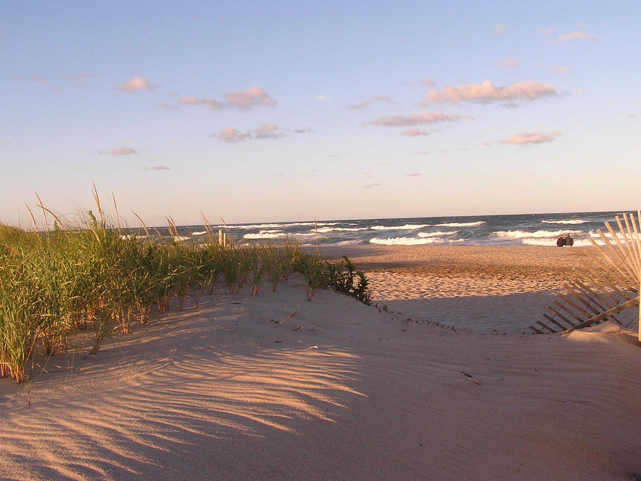 cape cod beach 2048x1536