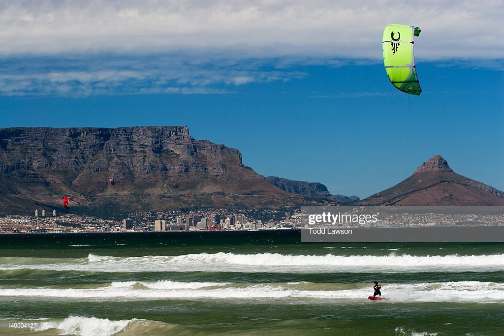 Kiteboarding In Cape Town With Table Mountain In The Background 1024x683