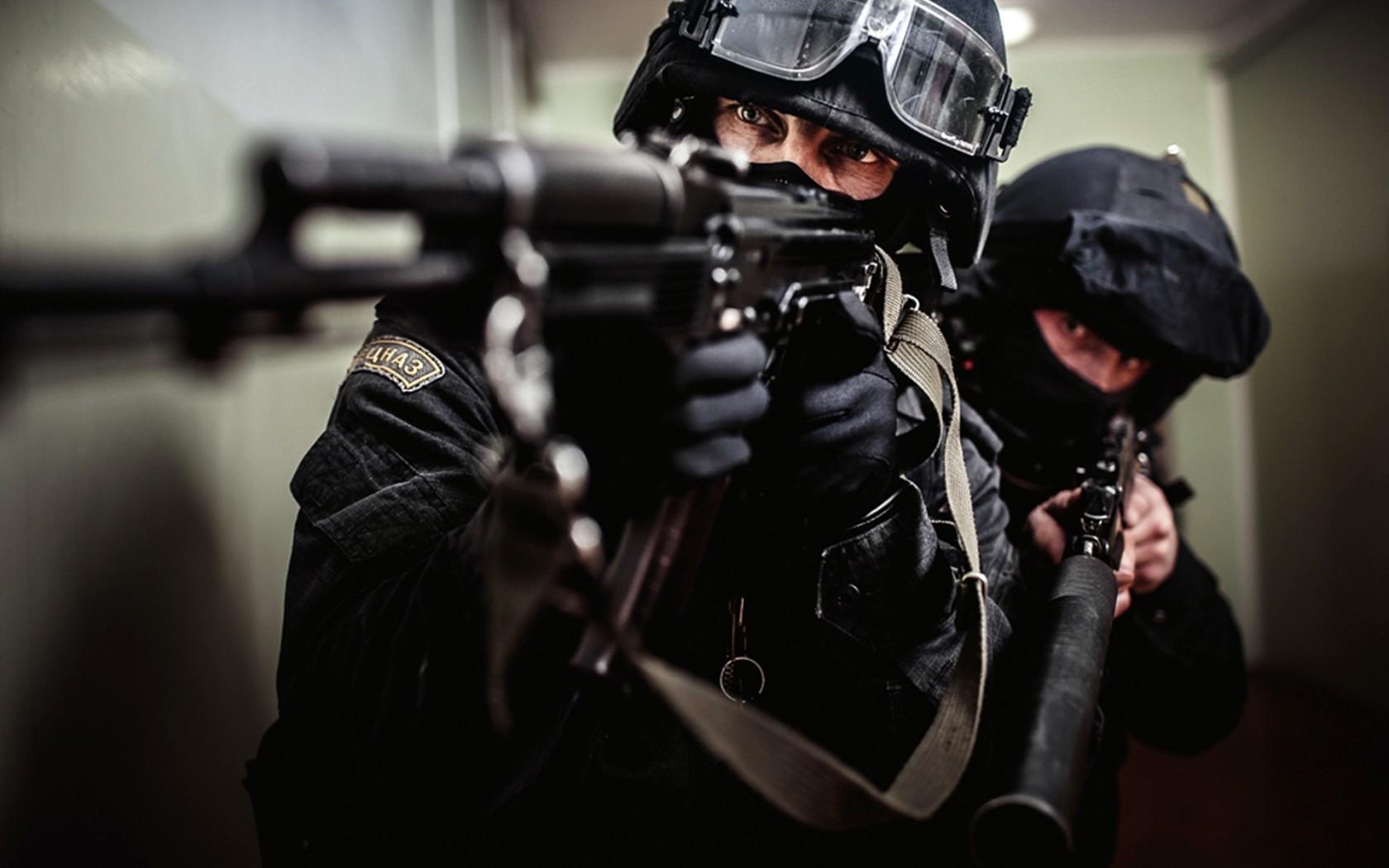 SWAT Wallpapera SWAT AK 74 AS Val HD Desktop Wallpapers 1680x1050
