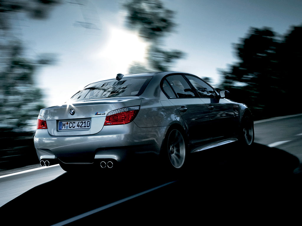 BMW M5 E60 Wallpaper 1024x768