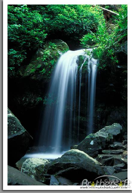 Download Roaring Waterfall Screensaver Roaring Waterfall 440x640