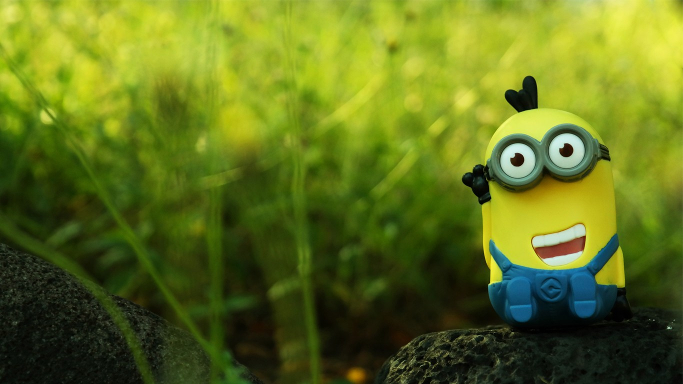 10 Minions Desktop Wallpapers 1366x768