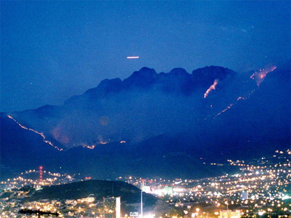 Monterrey Mexico   UFO Photography Desktop Wallpapers 4795 Views 580x435
