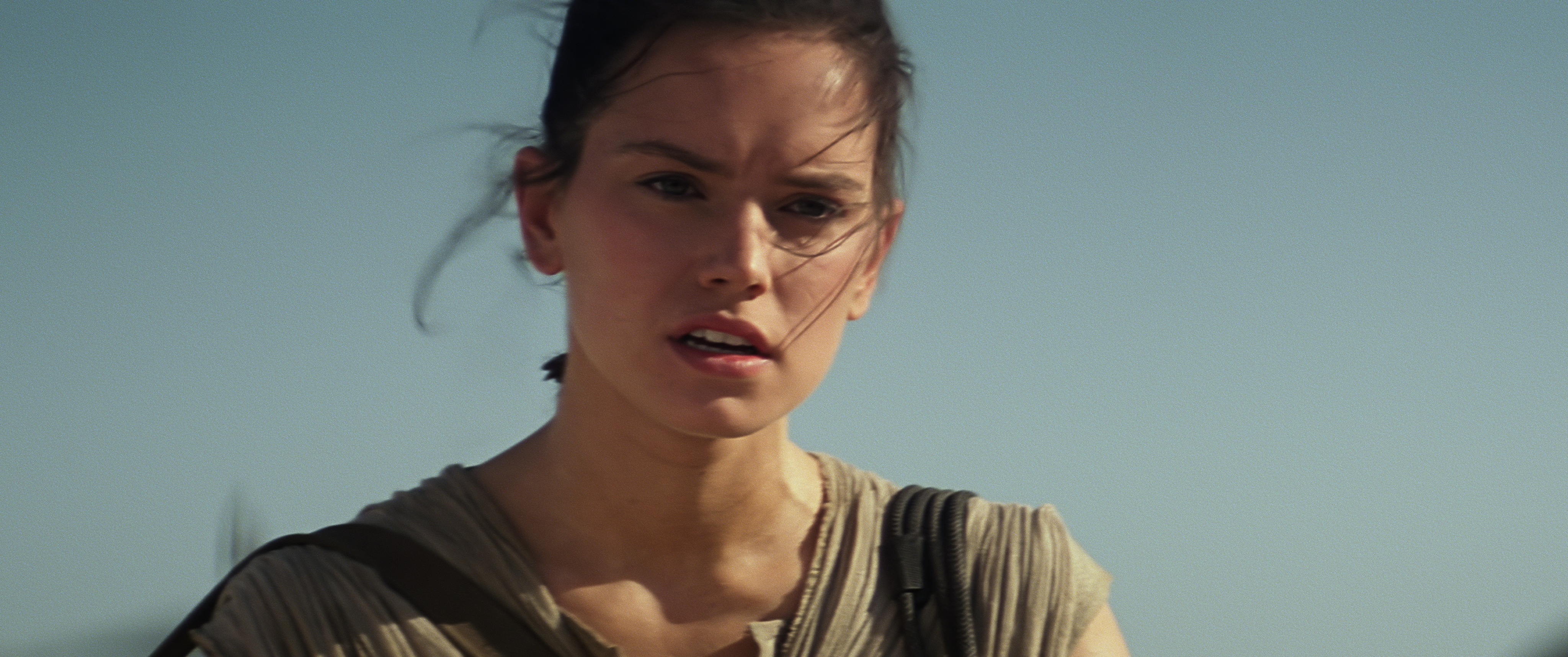 Back to Article 15 New Star Wars The Force Awakens Images 4096x1716