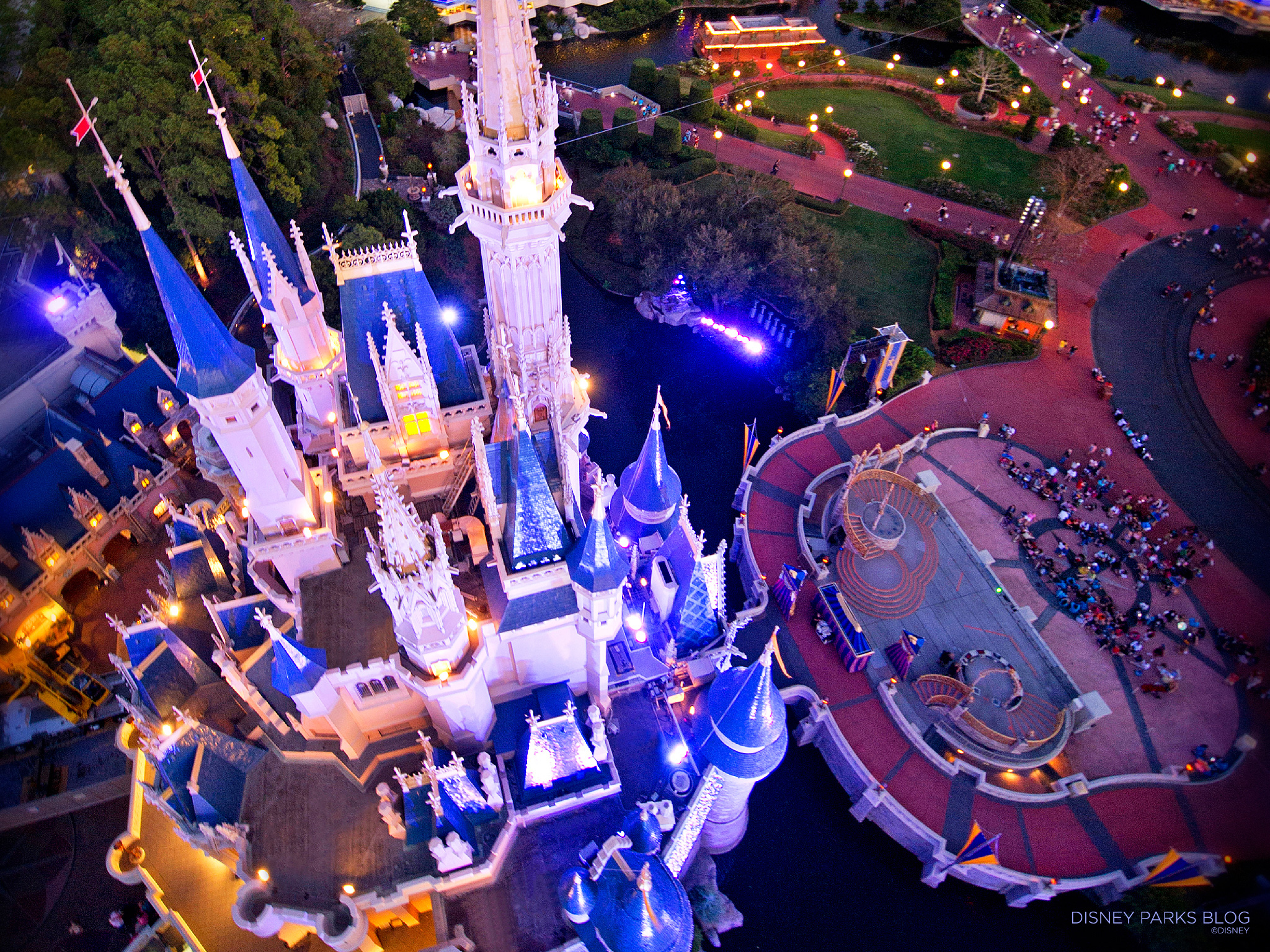 Birds Eye View of Cinderella Castle 2048x1536