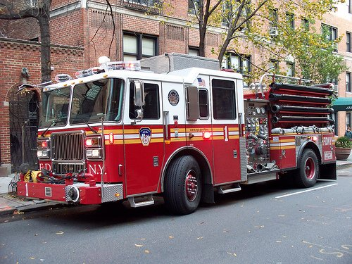 FDNY Rescue 1 Wallpaper httpwwwflickrcomphotos29774019N03 500x375