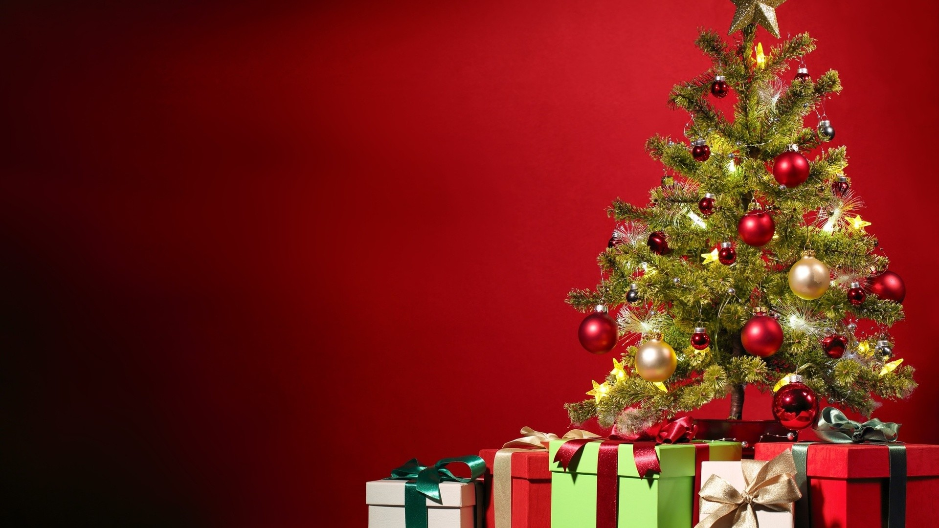 Merry Christmas Tree Wallpaper download 1920x1080