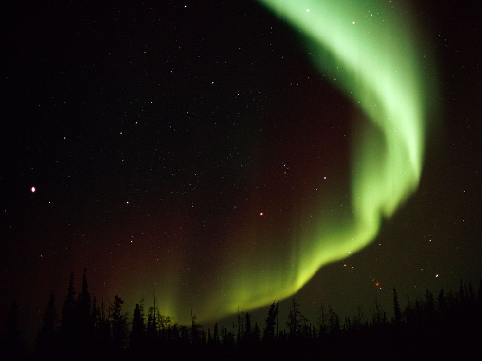 Photo The aurora borealis in Churchill Canada 990x742